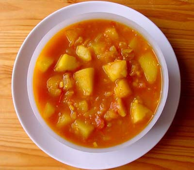Ethnic cottage all natural exotic sauces and amazing recipes our rasedaar aloo curried potatoes with gravy forumfinder Choice Image